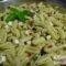 Insalata di pasta con feta e basilico