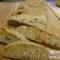Treccia di grani antichi mandorle,olive e pomodori secchi